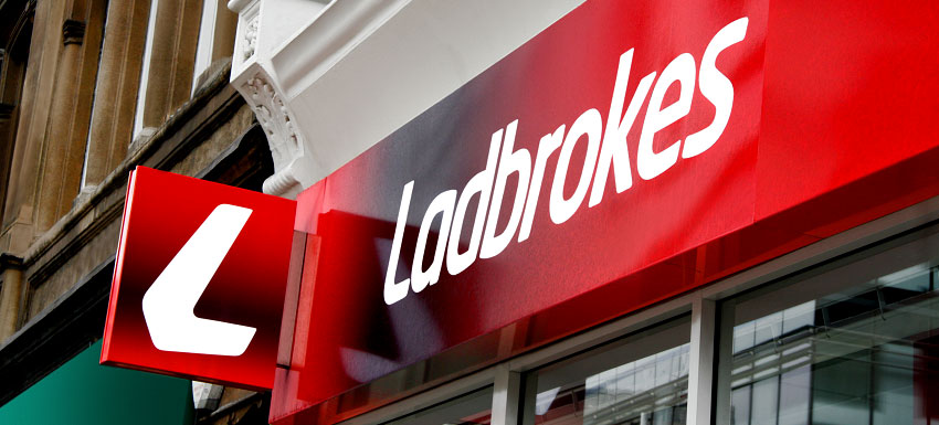 Einde van Virtual Betting Machines Ladbrokes geëist door Rocoluc